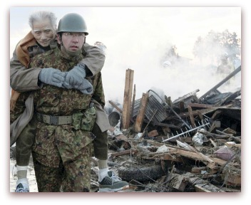 Soldier-japan-earthquake
