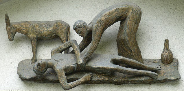 good-samaritan-sculpture